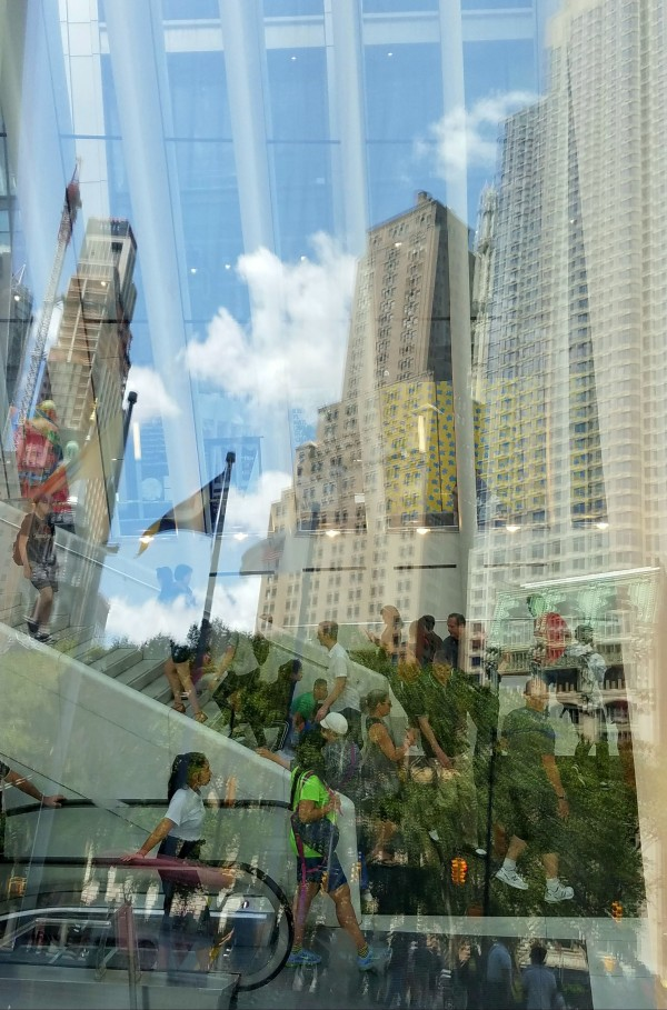 reflection in glass, lower manhattan, world trade center, oculus, summer